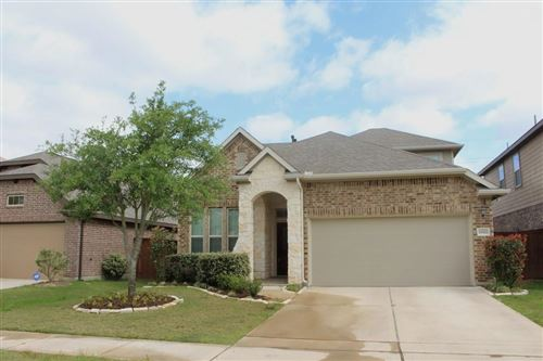 Photo of 19322 N Cottonwood Green Lane, Cypress, TX 77433 (MLS # 81736814)