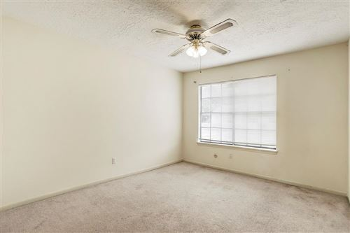 Tiny photo for 800 Country Place Drive #303, Houston, TX 77079 (MLS # 22706815)
