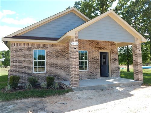 Photo of 16484 Dunhill Street, Conroe, TX 77303 (MLS # 69799815)