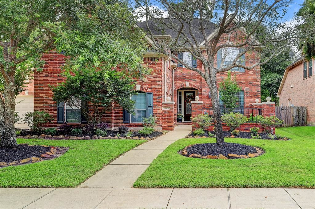 Photo for 18054 Crescent Royale Way, Humble, TX 77346 (MLS # 90780816)