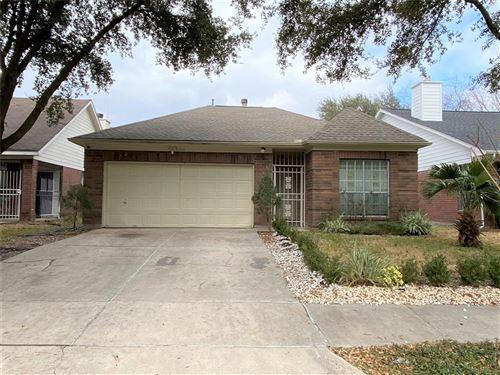 Photo of 2218 Bivens Brook Drive, Houston, TX 77067 (MLS # 77253821)