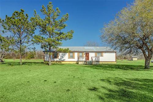 Photo of 12819 Country Lea Lane, Alvin, TX 77511 (MLS # 90583824)