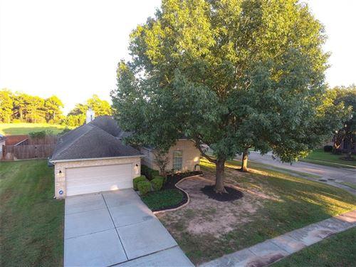 Photo of 13402 Magnolia Crest Lane, Houston, TX 77070 (MLS # 12468829)