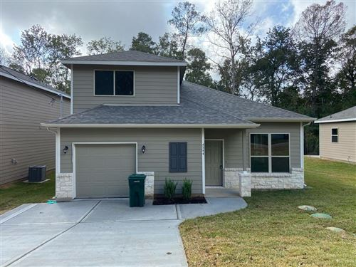 Photo of 1106 St Lawrence River Road, Montgomery, TX 77316 (MLS # 69577831)
