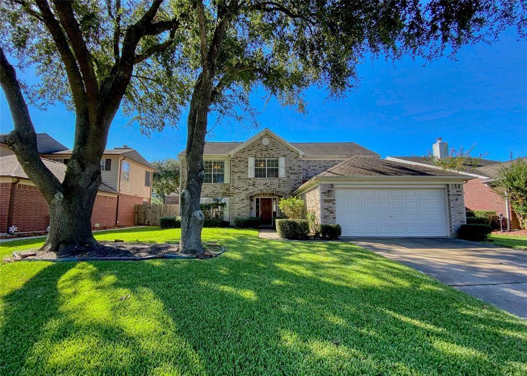 Photo for 6906 Elmscott Drive, Pasadena, TX 77505 (MLS # 68557832)