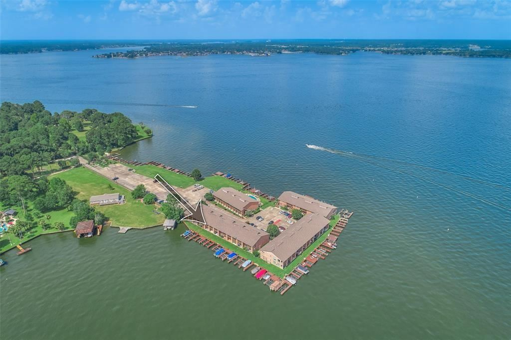 Photo for 801 River Road #110F, Montgomery, TX 77356 (MLS # 31548833)