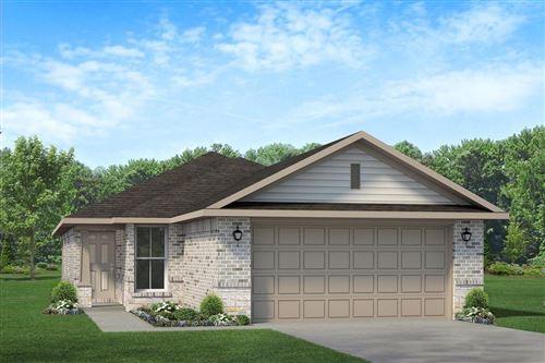 Photo of 4209 Bayou Maison, Dickinson, TX 77539 (MLS # 27027837)