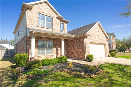 Photo of 1917 Lazy Hollow Ln, Pearland, TX 77581 (MLS # 55514838)