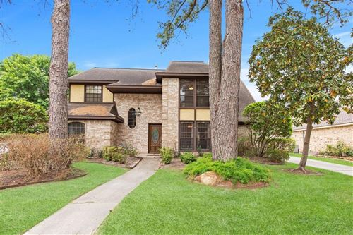 Photo of 3819 Fawn Creek Drive, Houston, TX 77339 (MLS # 95809838)
