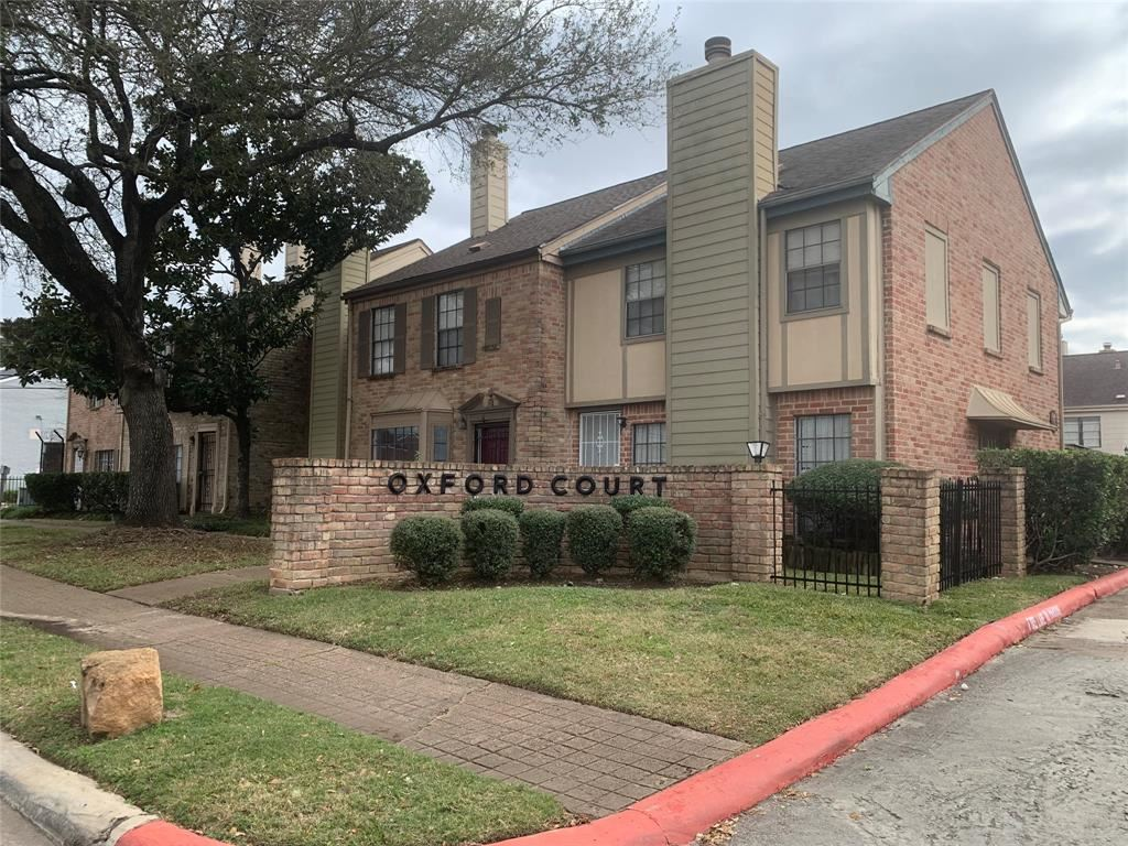 Photo for 9901 Sharpcrest #A 4, Houston, TX 77036 (MLS # 5987839)