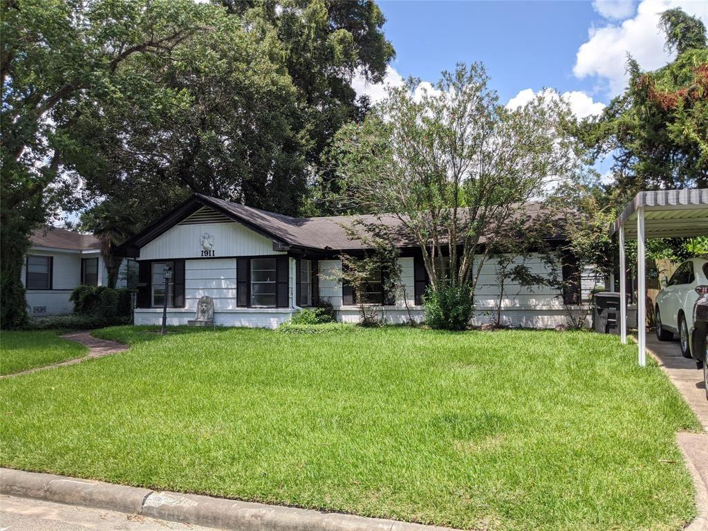 Photo for 1911 Wyndale Street, Houston, TX 77030 (MLS # 60359839)
