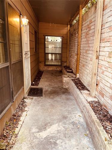 Photo of 8507 Wilcrest Dr Drive, Houston, TX 77099 (MLS # 73258840)