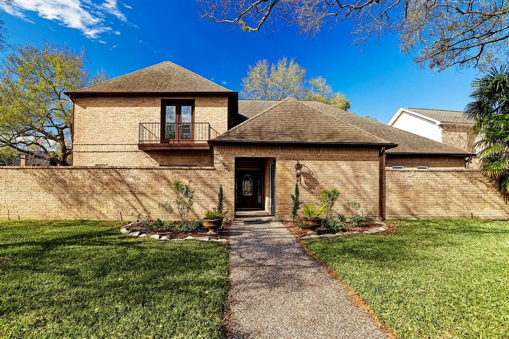 926 Crossroads Drive, Houston, TX 77079 - MLS#: 36939840