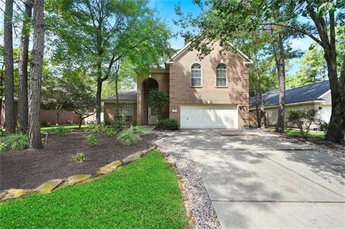 Photo of 18 S Lace Arbor Drive, The Woodlands, TX 77382 (MLS # 43213842)
