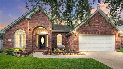Photo of 2904 Amanda Lee Drive, Pearland, TX 77581 (MLS # 89665842)