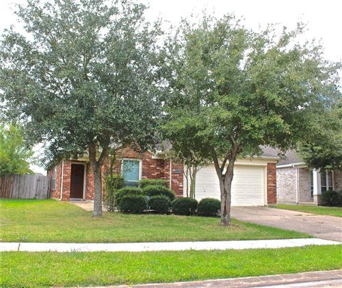 Photo of 2906 Fountain Brook Court, Pearland, TX 77584 (MLS # 39026843)