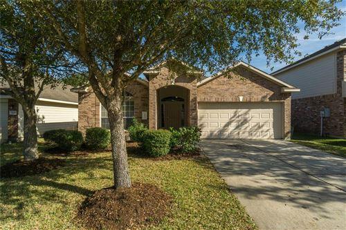 Photo of 6835 Ridgewood Lane, Dickinson, TX 77539 (MLS # 54057846)