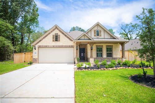 Photo of 109 Somerset Point Boulevard, Montgomery, TX 77316 (MLS # 11353850)