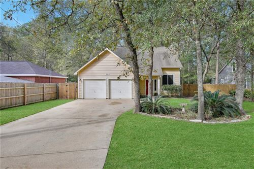 Photo of 9960 Pine Point Drive, Montgomery, TX 77316 (MLS # 37302850)