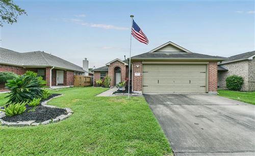 Photo of 710 Chase Land Circle, Bacliff, TX 77518 (MLS # 85628850)