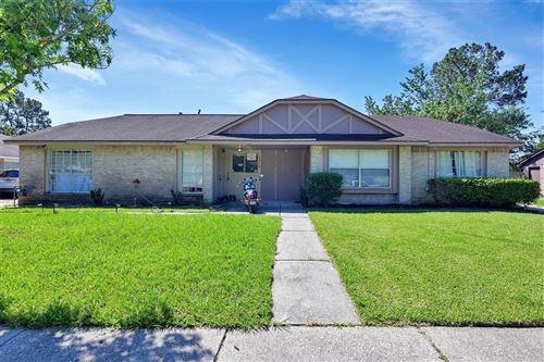 Photo of 2310 Spring Dusk Lane, Spring, TX 77373 (MLS # 49884853)