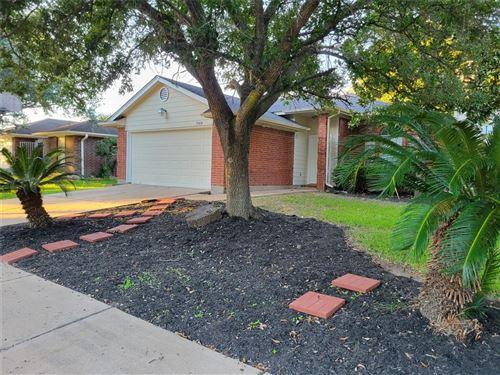 Photo of 15414 Prairie Oaks Drive, Houston, TX 77083 (MLS # 71962854)