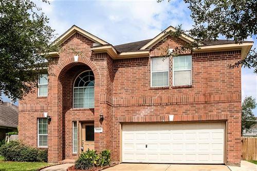 Photo of 12230 Heritage Grove Drive, Houston, TX 77066 (MLS # 23376855)