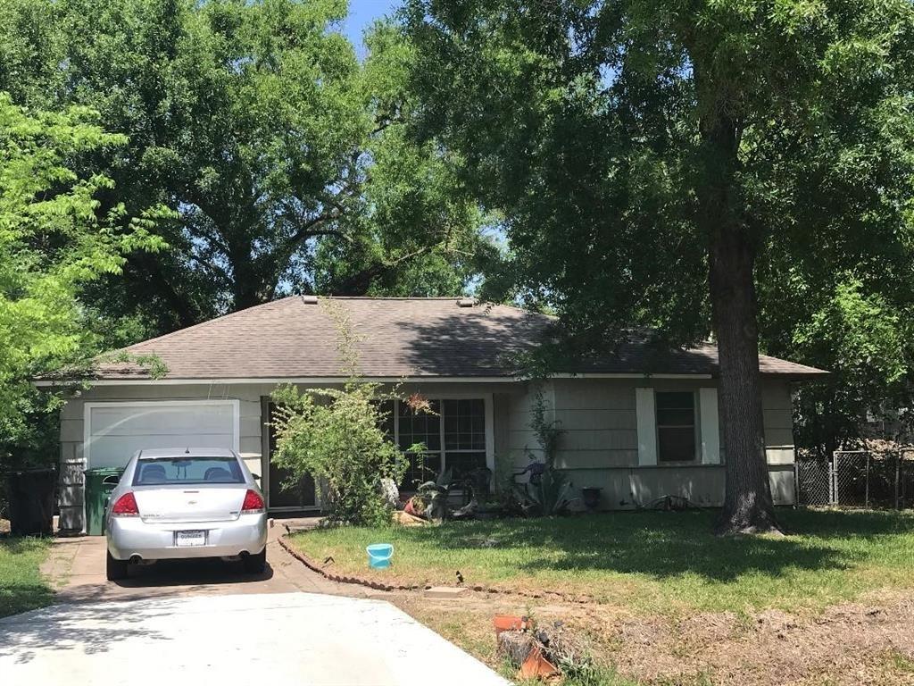Photo for 9002 Topaz Street, Houston, TX 77063 (MLS # 46336855)