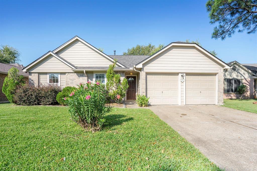 3806 Teakwood Drive, La Porte, TX 77571 - #: 92845855