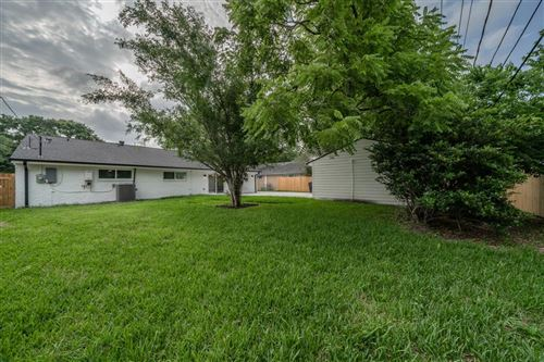 Tiny photo for 9815 Greenwillow Street, Houston, TX 77096 (MLS # 43448857)