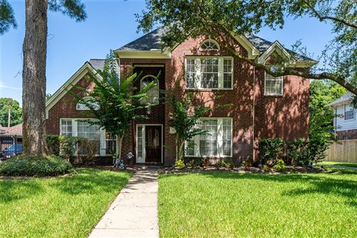 Photo of 16726 Chewton Glen Street, Tomball, TX 77377 (MLS # 10672863)
