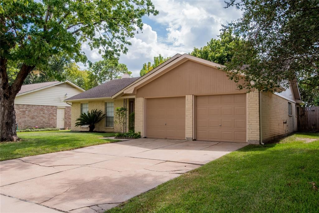 16214 La Avenida Drive, Houston, TX 77062 - MLS#: 51594863
