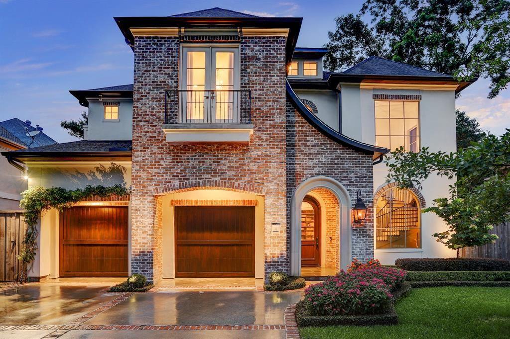 Photo for 4 Hackberry Lane, Houston, TX 77027 (MLS # 38630864)