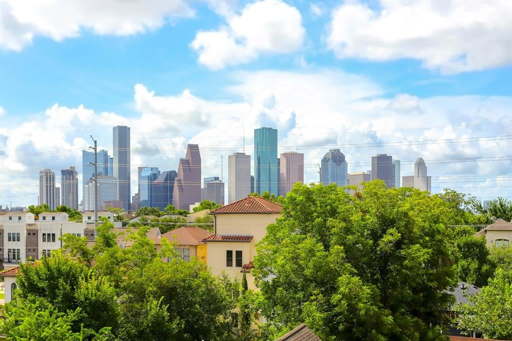 Photo for 1716 Ovid Street #A, Houston, TX 77007 (MLS # 32605867)