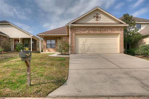 Photo of 157 Snug Harbor Drive, Montgomery, TX 77356 (MLS # 24713869)
