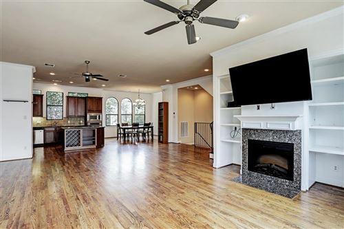 Photo of 1510 Reinerman Street, Houston, TX 77007 (MLS # 31597870)