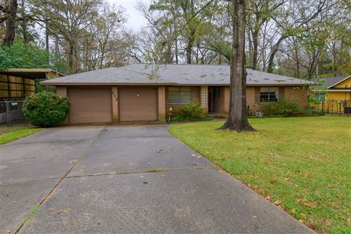 Photo of 212 Valley Drive, Conroe, TX 77303 (MLS # 24738872)