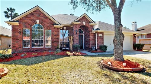 Photo of 6153 Exeter Road, League City, TX 77573 (MLS # 20687873)