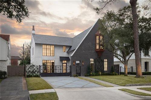 Photo of 3835 Olympia Drive, Houston, TX 77019 (MLS # 31914874)
