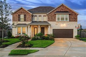 Photo of 2213 Rocky Shores Lane, Pearland, TX 77089 (MLS # 73429874)