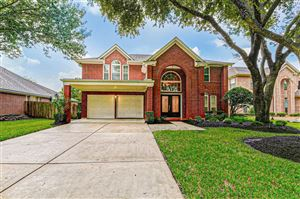 Photo of 406 High Meadows Drive, Sugar Land, TX 77479 (MLS # 21991875)