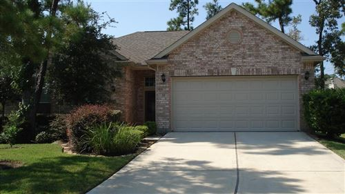 Photo of 22 Knotwood Place, The Woodlands, TX 77381 (MLS # 33796875)