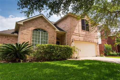 Photo of 3307 Southdown Drive, Pearland, TX 77584 (MLS # 97125875)