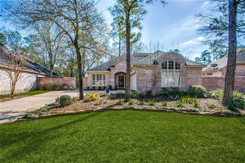 Photo of 94 S Castlegreen Circle, The Woodlands, TX 77381 (MLS # 18277876)