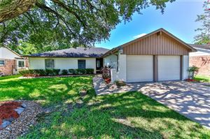Photo of 16210 Forest Bend Avenue, Friendswood, TX 77546 (MLS # 8261877)