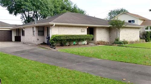 Photo of 8314 Argentina Street, Houston, TX 77040 (MLS # 20861879)