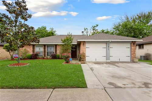 Photo of 11811 Steamboat Springs Drive, Houston, TX 77067 (MLS # 87355879)