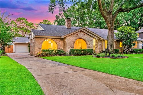 Photo of 2710 Fontana Drive, Houston, TX 77043 (MLS # 62180880)