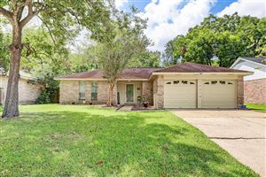 Photo of 16318 Forest Bend Avenue, Friendswood, TX 77546 (MLS # 15221884)