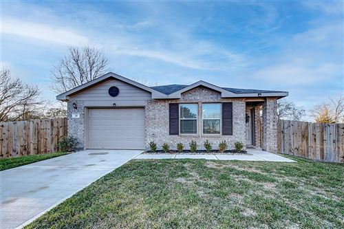 Photo of 20 Carol Court, Brookshire, TX 77423 (MLS # 13568889)